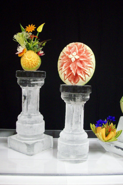 Click here to view our assorted ice sculptures gallery